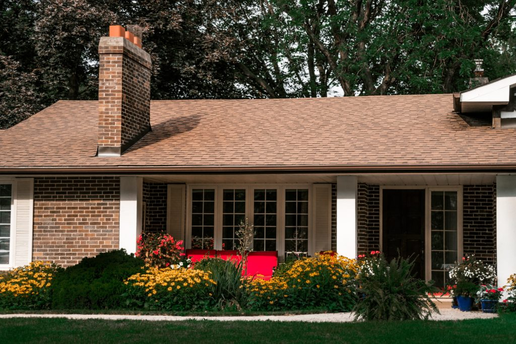 8 Things Your Roof Is Trying to Tell You